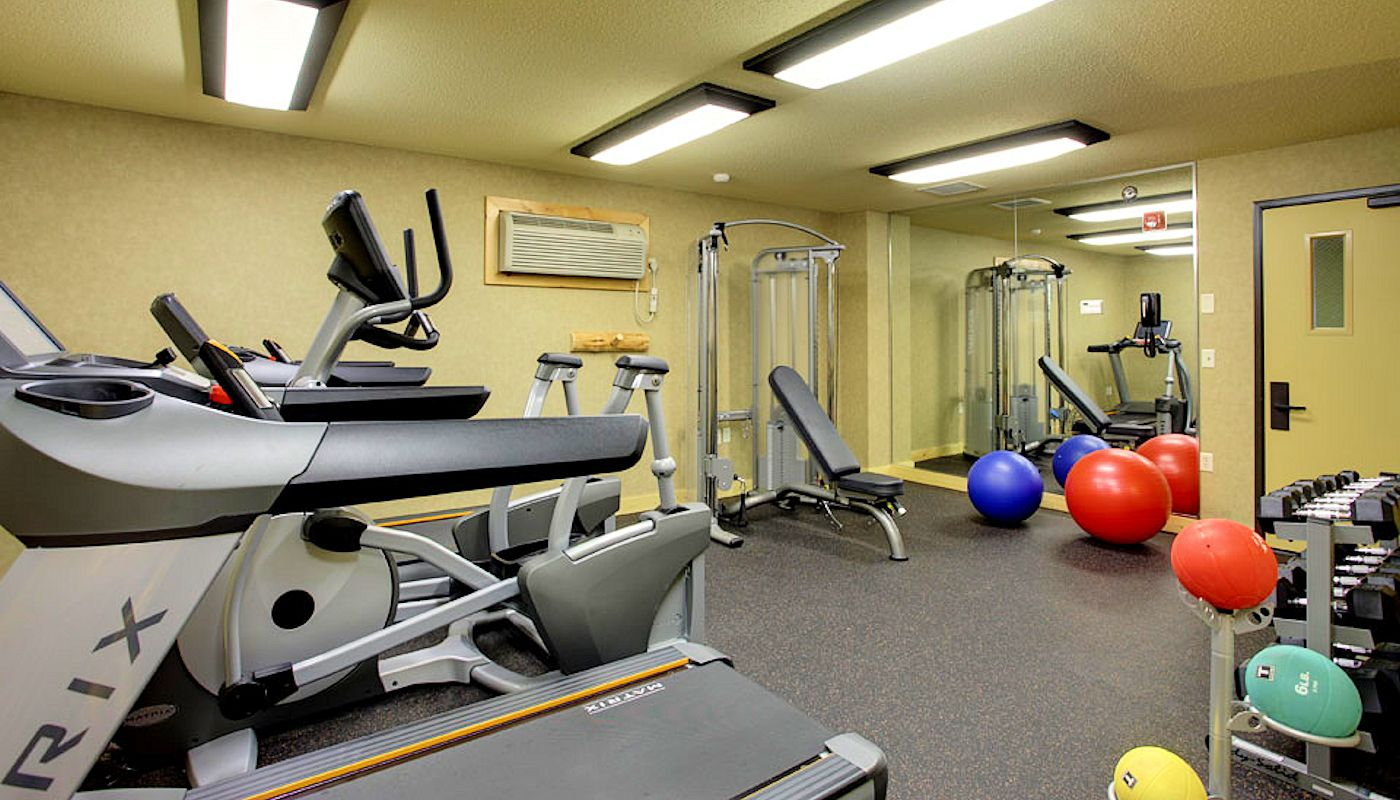 Hotel Fitness Center - The Lodge on Lake Detroit