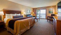 The Lodge on Lake Detroit - King Resort Room