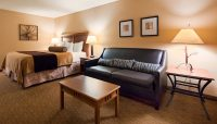 Resort Room King - The Lodge on Lake Detroit